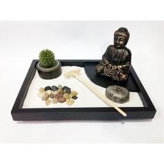 jardin-zen-con-buda-y-velas